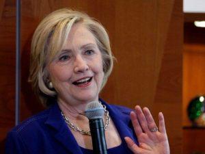 Hillary-Clinton-house-party-ap-640x480